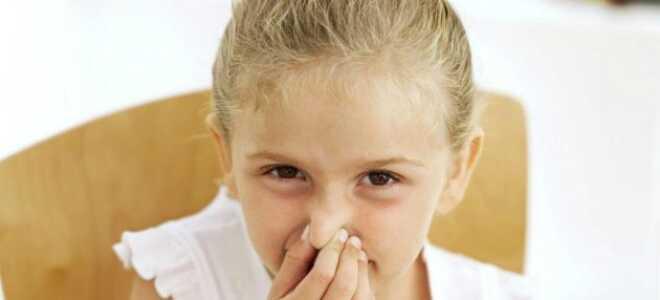 Как лечить горло люголем?