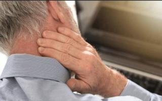 Болит правый висок и глаз причины и лечение